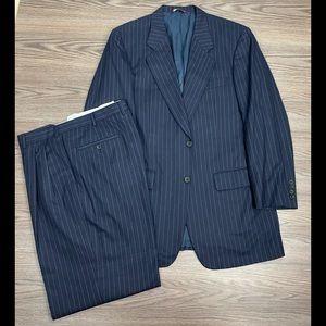 Samuelsohn Navy w/ White Chalk Stripe Suit 40L